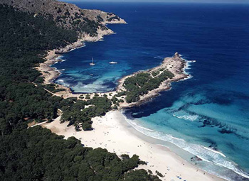 fishingtripmajorca.co.uk boat trips to Cala Agulla in Majorca